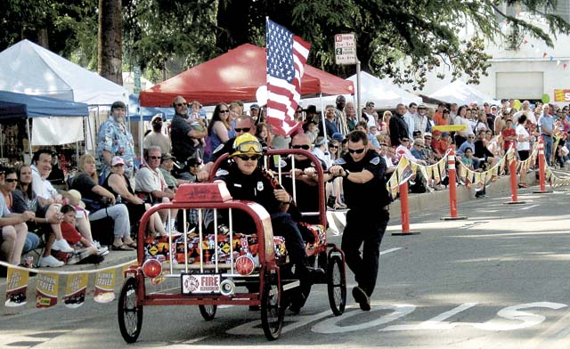 Bed races near Daddow park